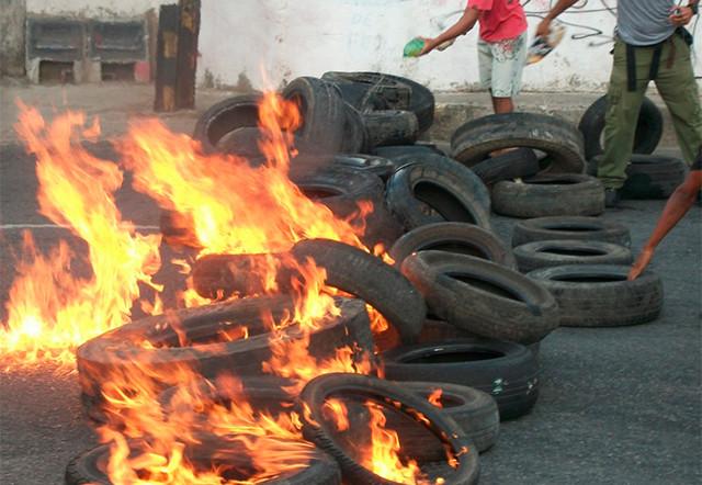 Lei que proíbe a queima de pneus em Rondônia já está em vigor