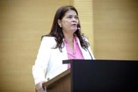 Deputada Cássia Muleta pede atenção para o sistema de saúde do estado