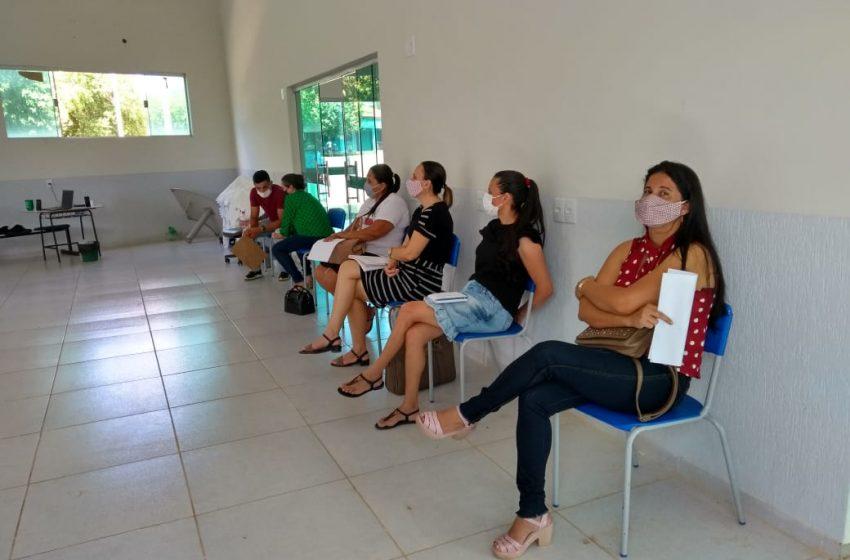 GOV. Jorge Teixeira- Secretaria Municipal de Educação está capacitando funcionários para atuarem nas secretárias escolares.