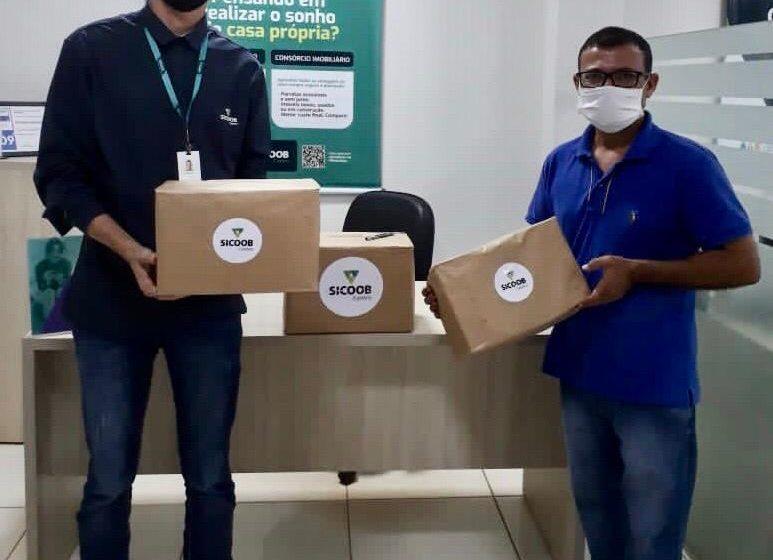 Sicoob Centro doa materiais que vão auxiliar no enfrentamento a Covid 19 em Colina Verde